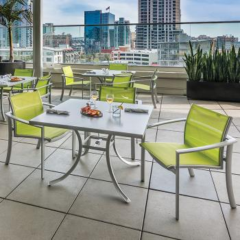 outdoor relaxed sling dining furniture